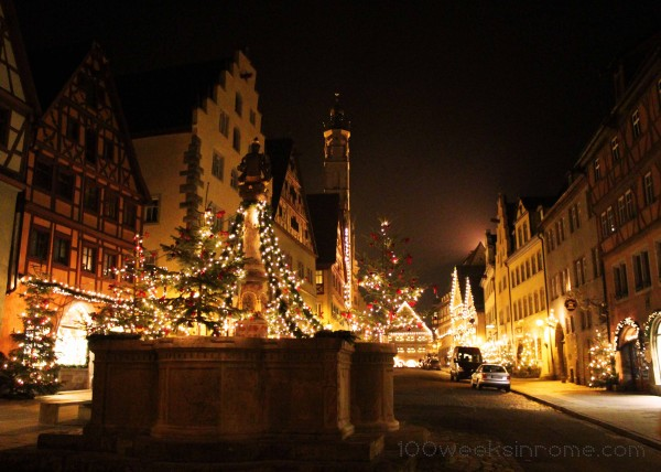 Rothenburg Christmas Well