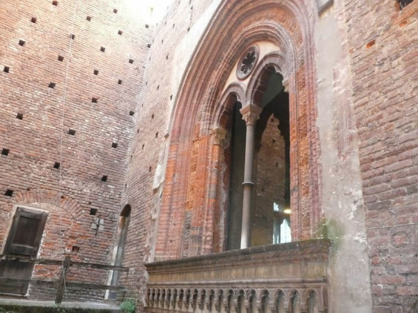beautiful arcs of Castello Sforzesco