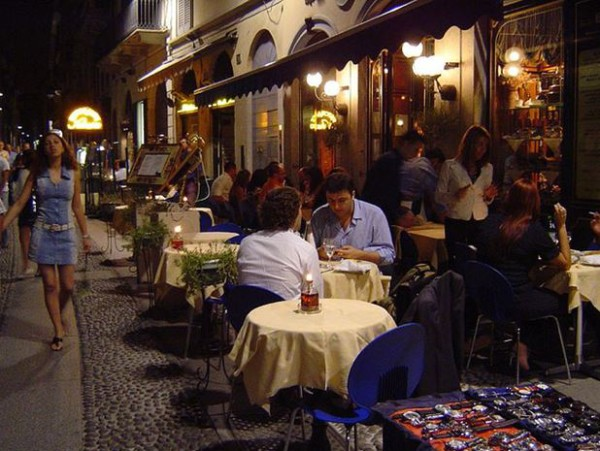 "The ""restaurant street"" Via Fiori Chiari in Brera, image courtesy of Sergio Calleja (Life is a trip) , CC BY-SA 2.0"