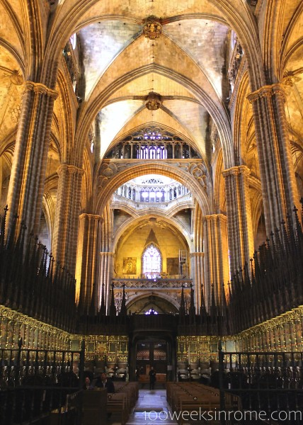 Catedral de Barcelona Rear Interior